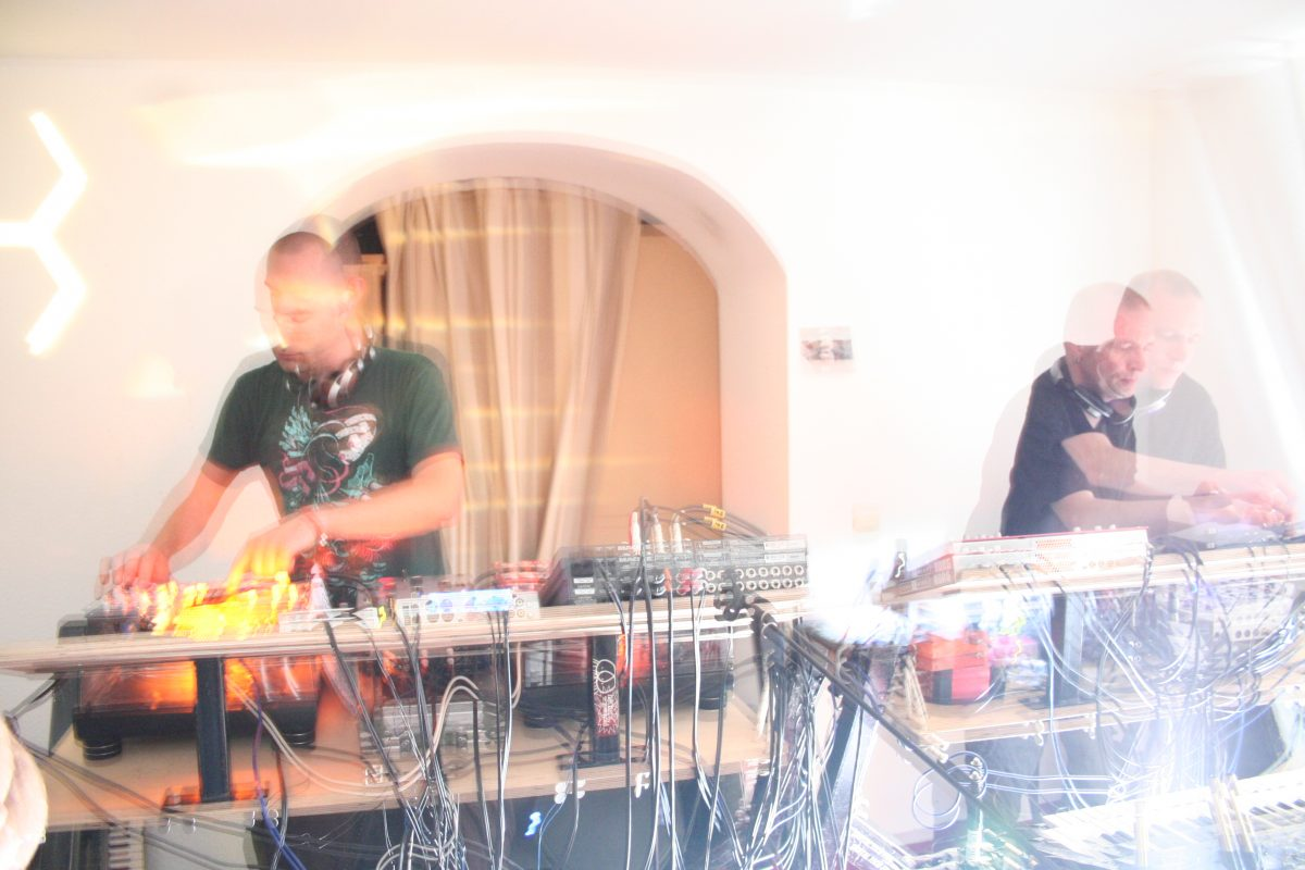 Video: 13th Monkey live @ WG-Party in Lüneburg 2009